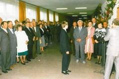 zdj-1.-04.06-1990-Powitanie-i-rzedstawienie-programu-uroczystości.