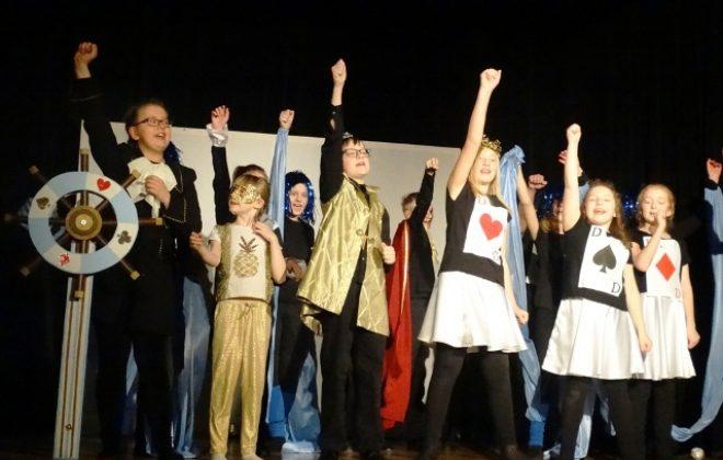 Głosujemy na Grupę Teatralną Bajtek!